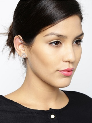 3 silver earrings you can wear everyday