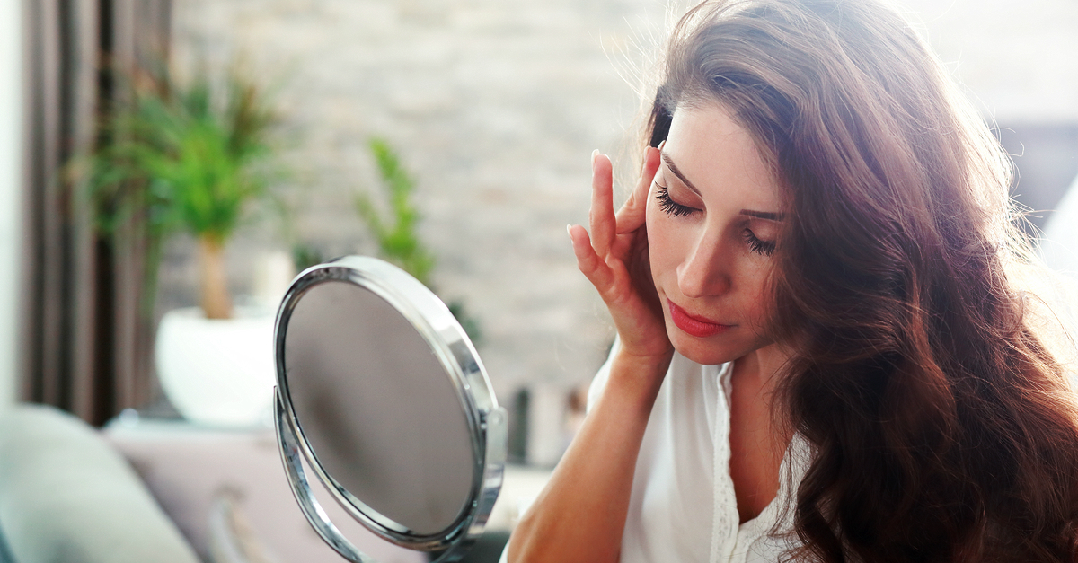 7 Sign You Have Combination Skin (And How To Take Care Of It)