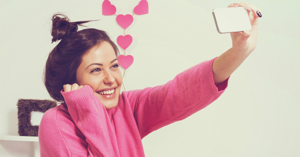 8 Ways To Wake Up Looking Picture Perfect For A Selfie!