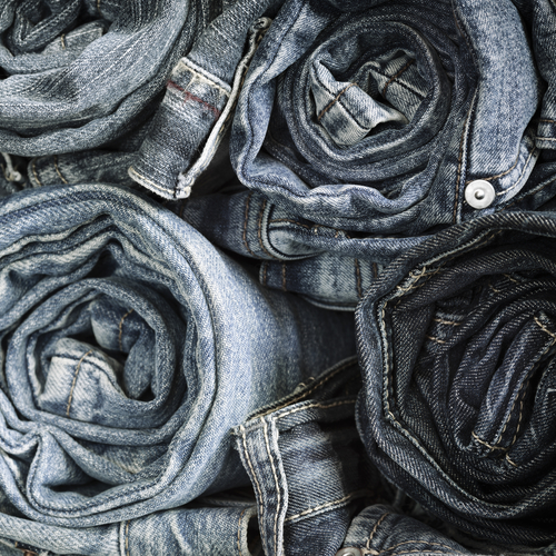 4 how to pick jeans if you are a curvy girl