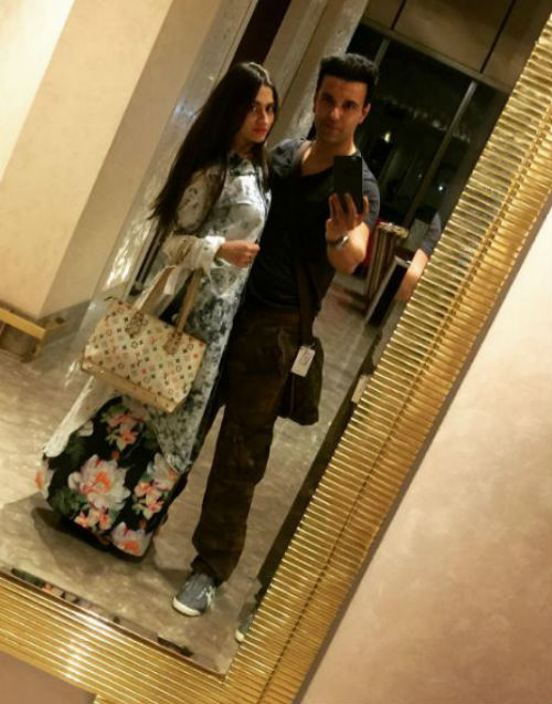 7 pictures of Aamir and Sanjeeda