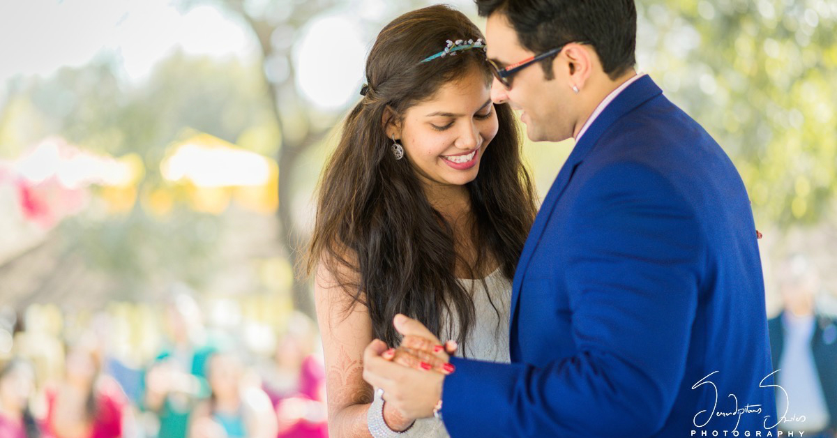 #Aww: These 7 Real-Life Proposals Are Just TOO Romantic!