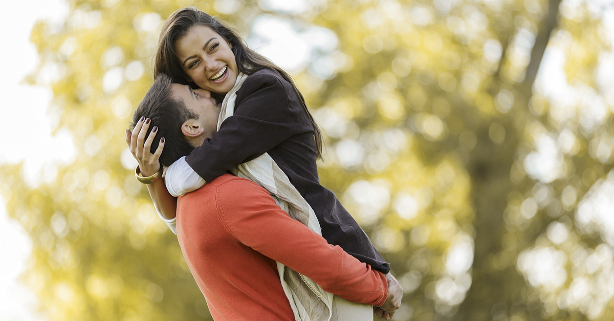 10 Things To Ask Yourself Before Getting Into A Relationship!