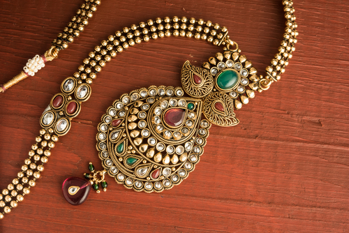 4 fashion tips for indian wedding guest
