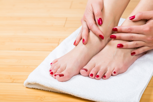 4 tips for pretty feet