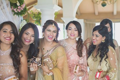 9 wedding photos with bridesmaids