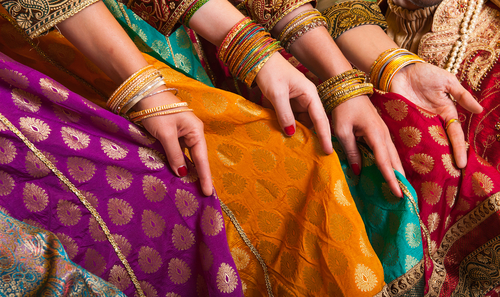 1 lehenga tips for curvy brides