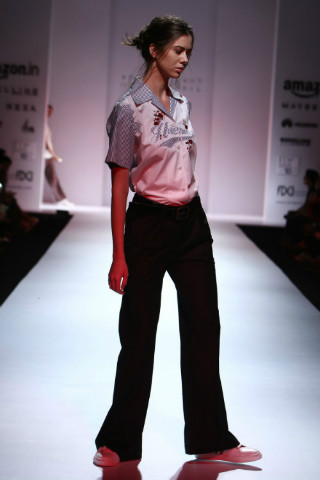 10 indian fashion designers huemn