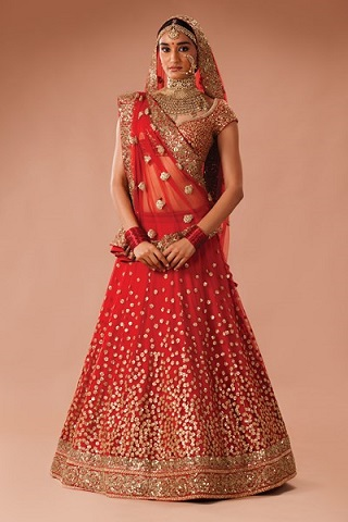 2 wedding outfits for the bengali bride