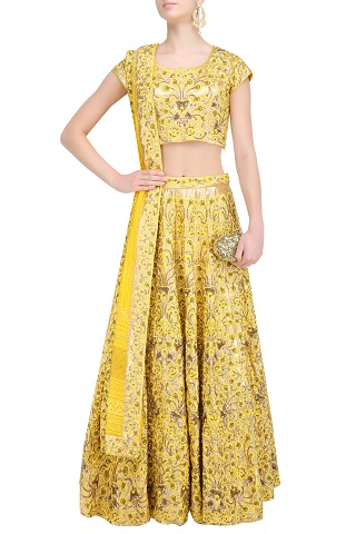 4 wedding reception outfits