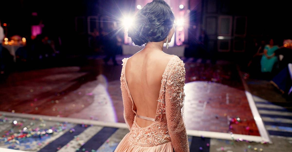 10 FAB Designer Outfits For Your Reception - Under Rs 50,000!