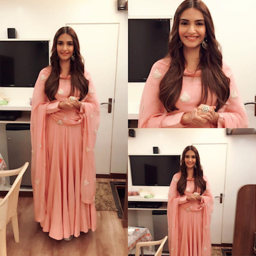 6. sonam kapoor outfits