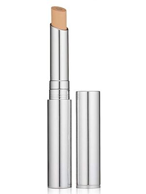 the-body-shop-Best-Concealer-For-Acne-Scars