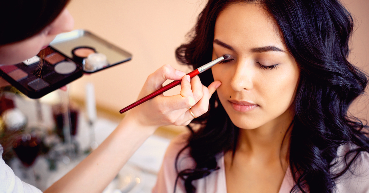 15 AMAZING Eyeshadow Palettes Perfect For Your Bridal Makeup!