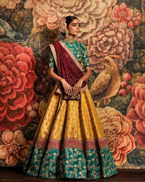 1 colour combinations for your sangeet outfit