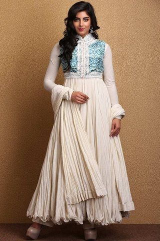 6 outfits for your sisters sangeet