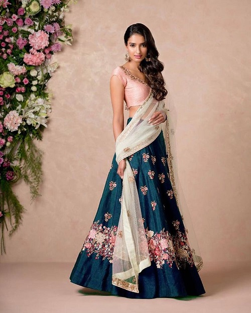 8 colour combinations for your sangeet outfit