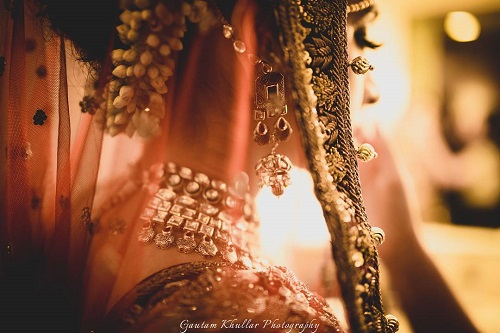9 pictures with the wedding dupatta