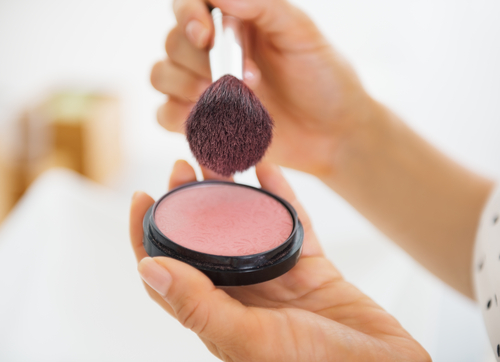 10 beauty tricks for a slimmer face