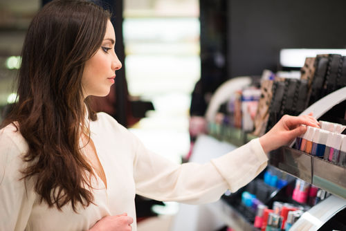 4 mistakes when buying makeup