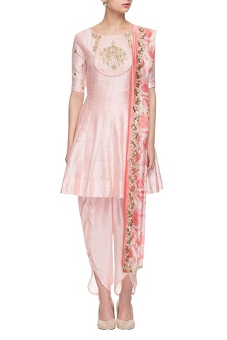 4 sangeet outfits