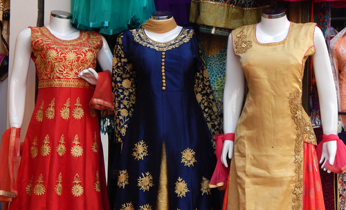 5 things to not do while wearing an anarkali