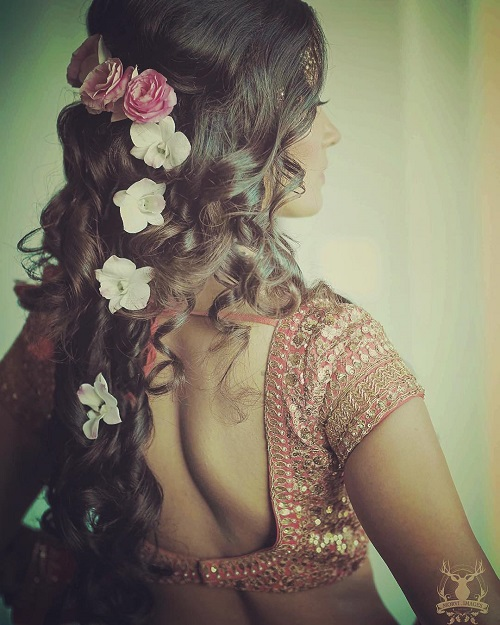 6 bridal hairstyles with flowers