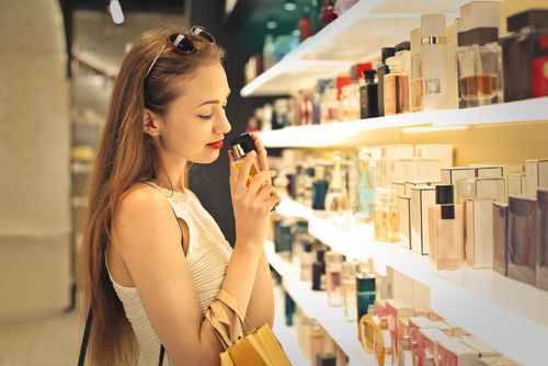8 mistakes when buying makeup