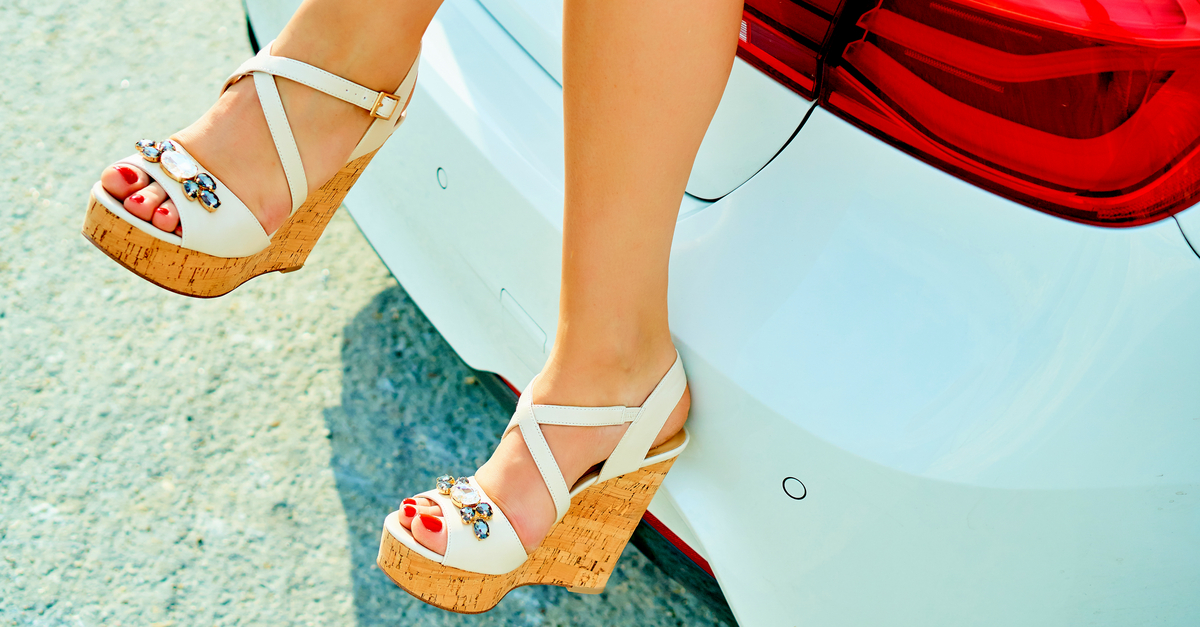 15 Wedges To Make You Look *Sexy* (Without Killing Your Feet!)