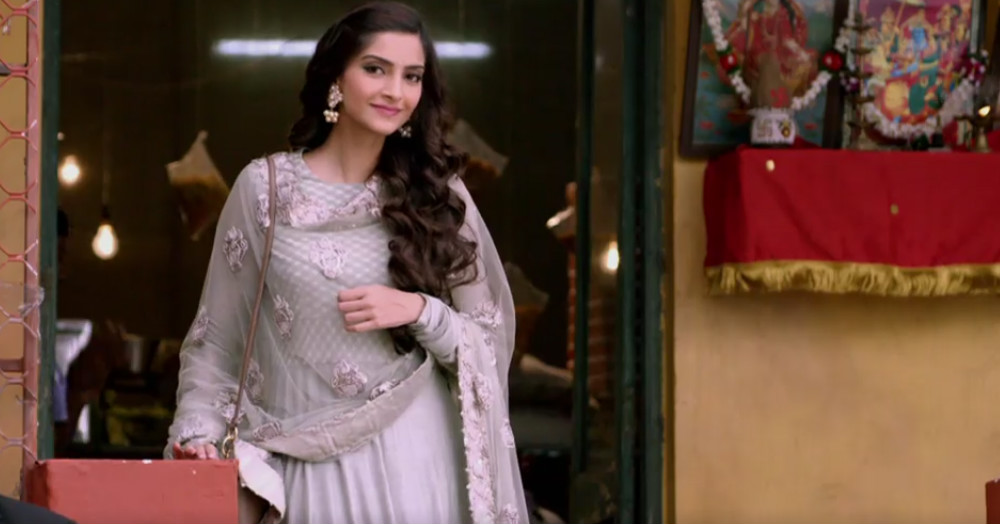 10 Things NOT To Do When Wearing An Anarkali!