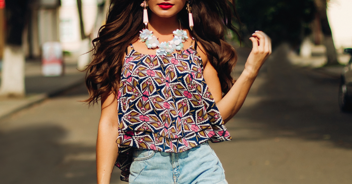 15 Oh-So-Stylish Tops To Make You *Shine* At Any Party!