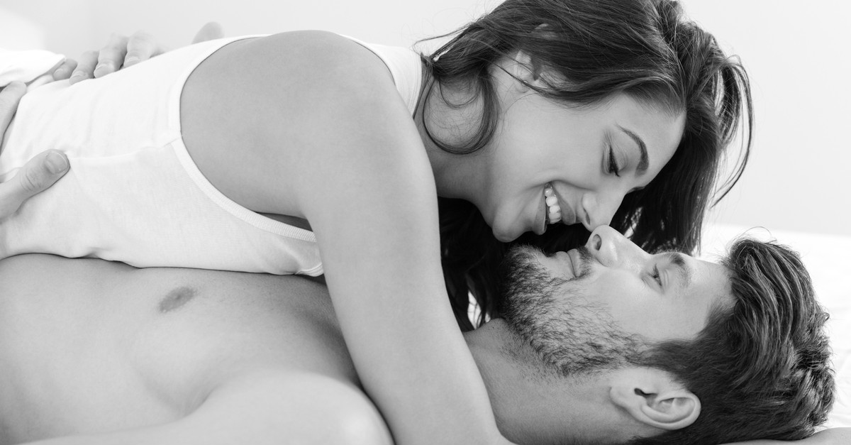 Confessions Of A Girl Who Likes Talking *Dirty* To Her Guy!