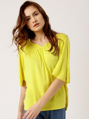 bright-and-Beautiful-tops-to-wear-with-jeans