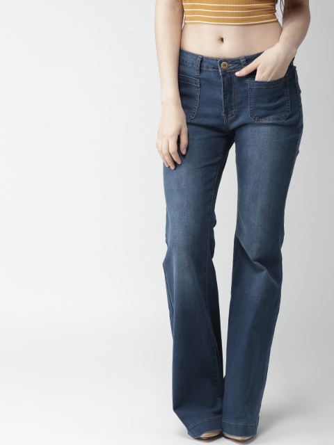 3-  fashion trends-Flared Jeans