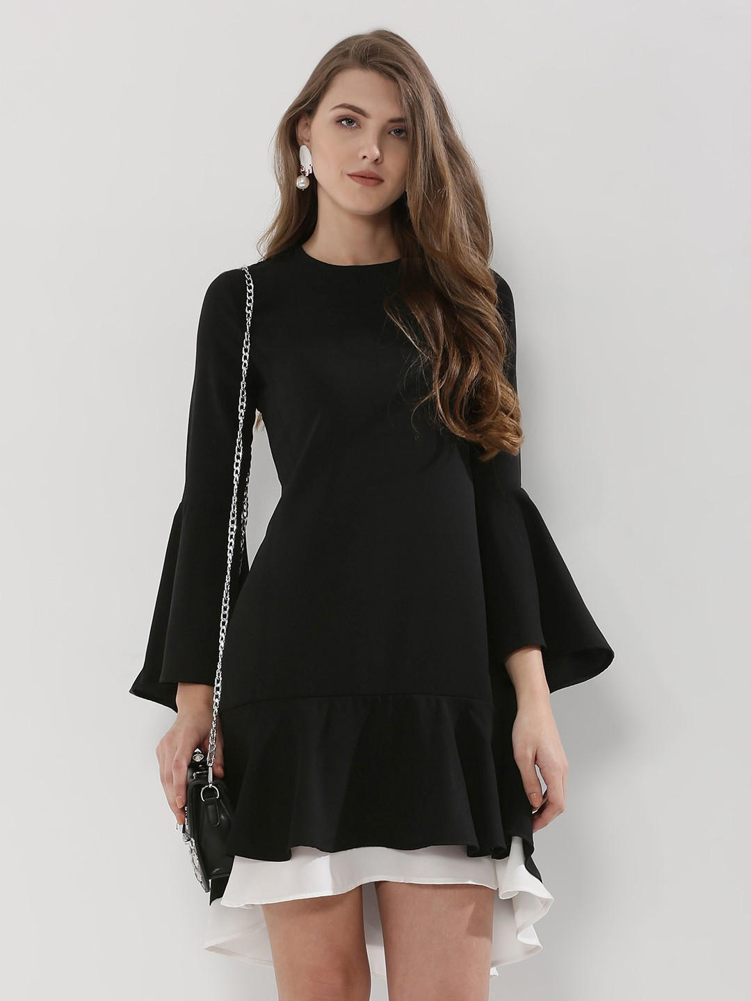 4- fashion trends- bell sleeves