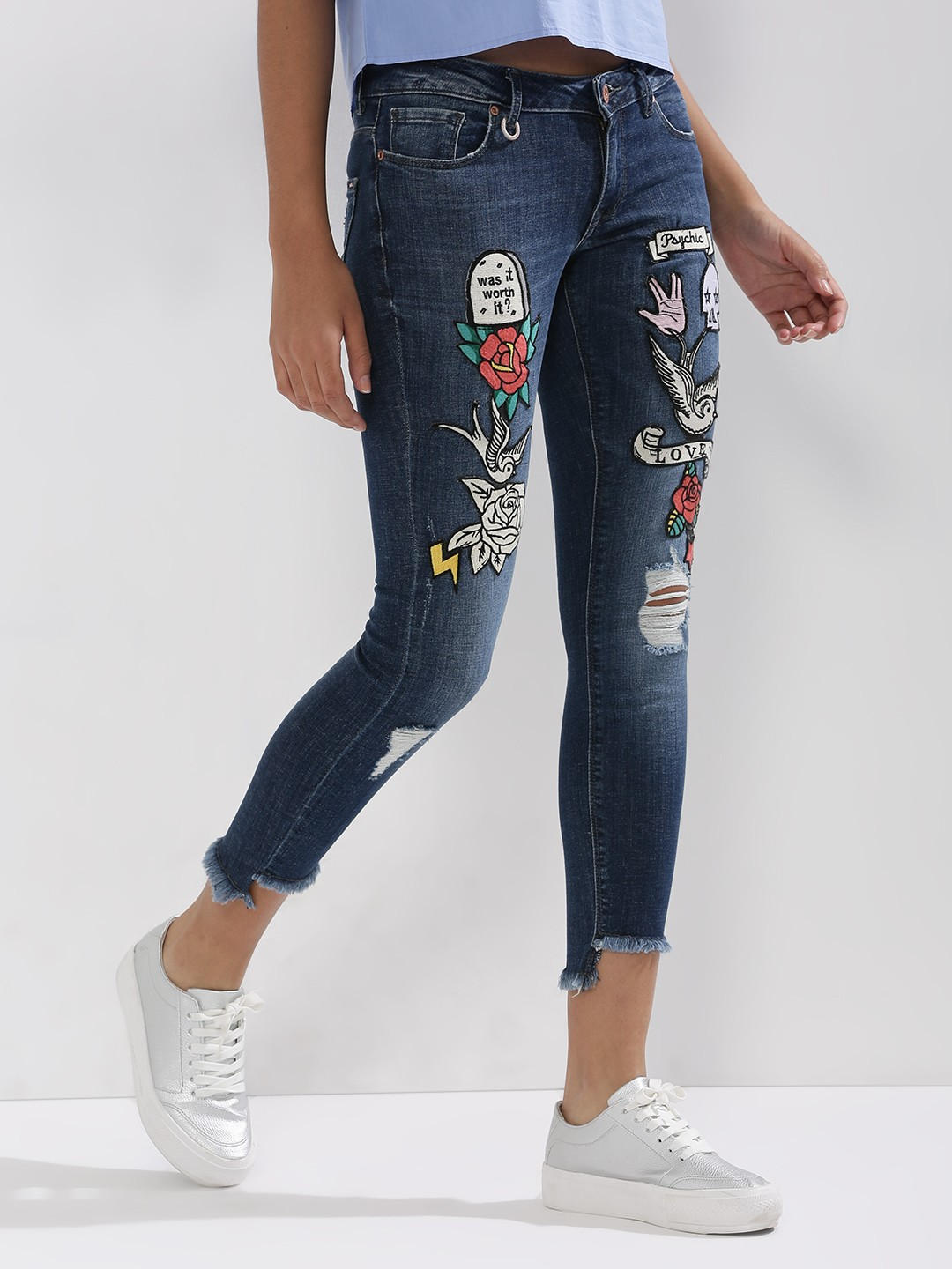 7- fashion trends - patchwork jeans