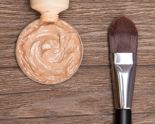 15 makeup tricks concealor and lotion