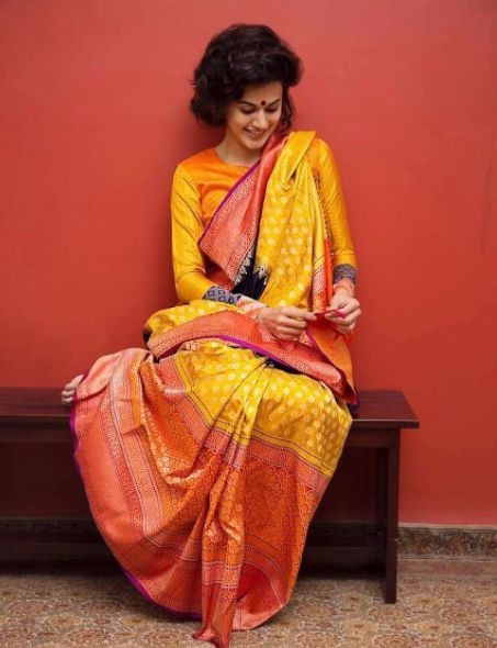 8 taapsee pannu