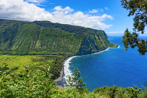 3 underrated beaches - waipio valley