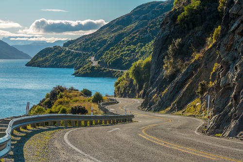 7 holiday destinations - queenstown new zealand
