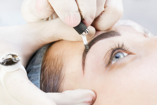 1 microblading eyebrows