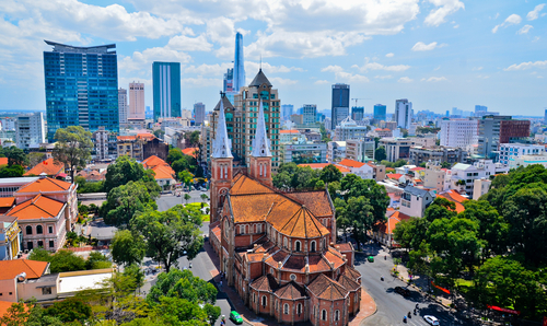 4 history buffs - ho chi minh notre dame cathedral