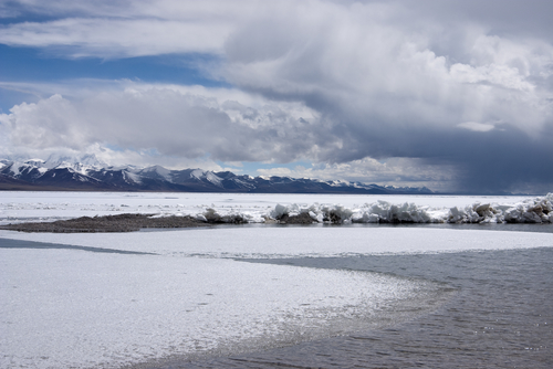 6 frozen lakes - namtso lake tibet