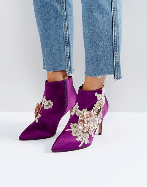 3 internal  satin heeled ankle boots