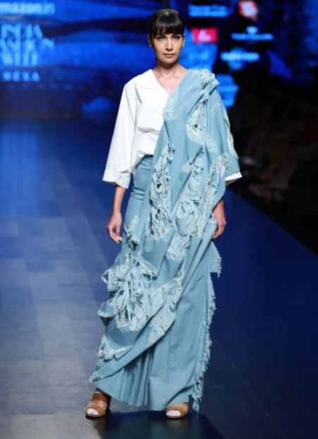 2. ripped jeans - ripped denim saree