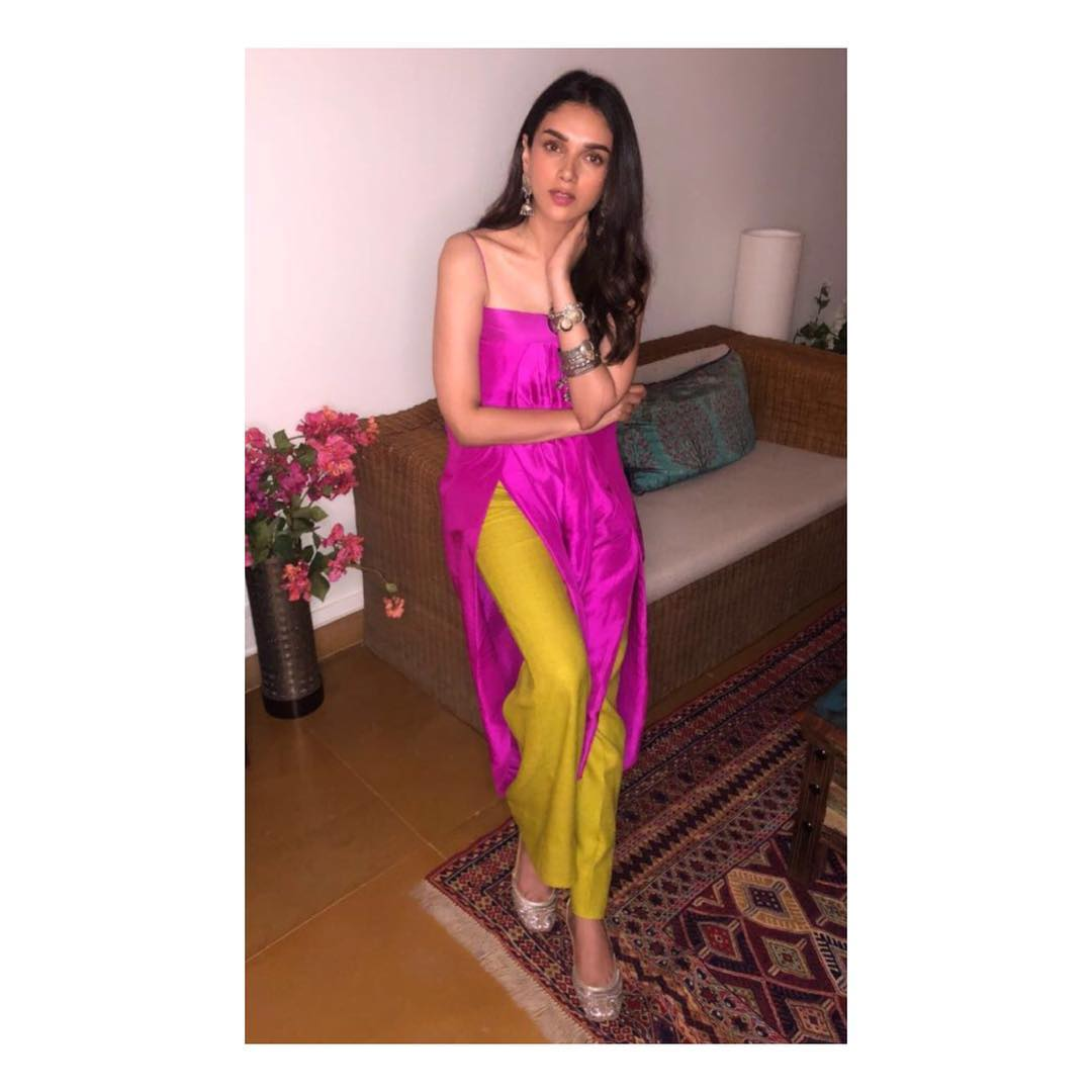 Aditi Rao Hydari  makeup  celebrity  makeup artist internal 2