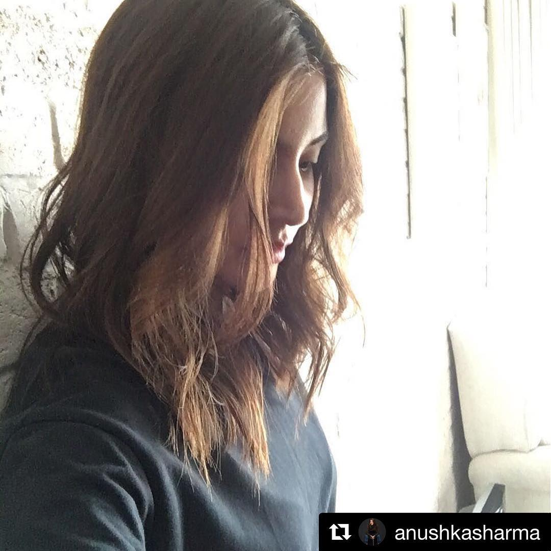 6 1 anushka sharma instagram screenshot berry lips makeup hair