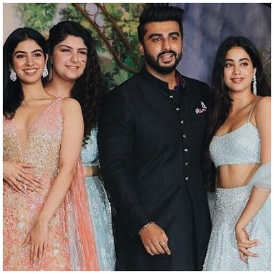 Arjun Kapoor with sisters