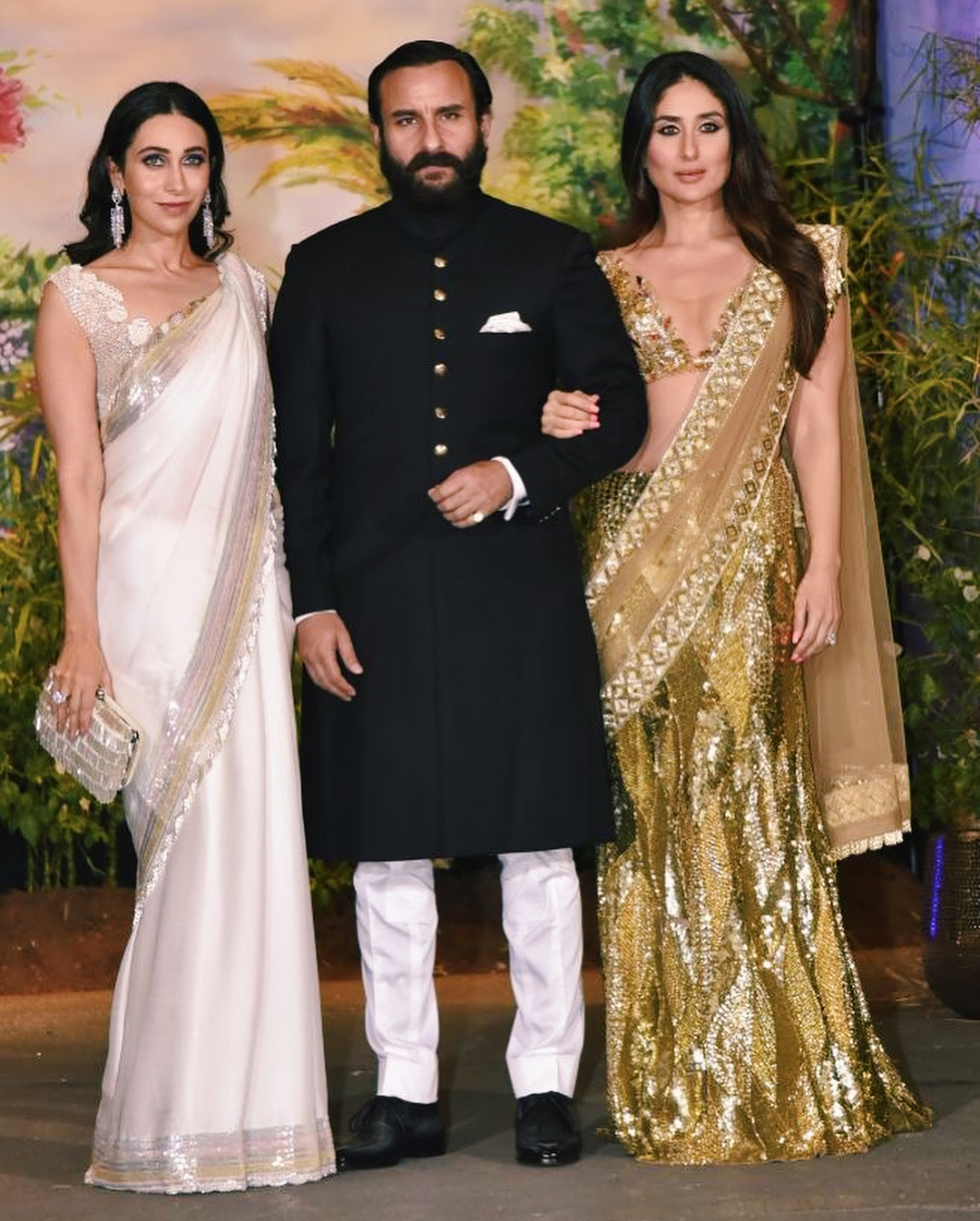Karisma kapoor saif ali khan kareena kapoor khan at sonam kapoor's wedding