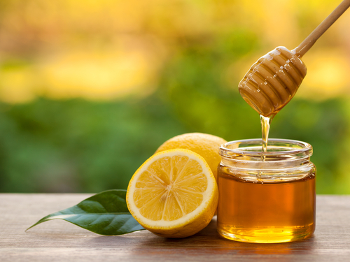diy face packs for summer honey and lemon